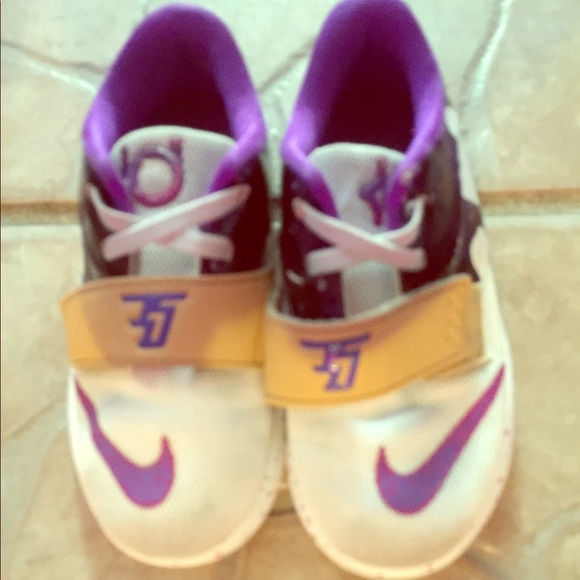 Nike Other - Purple and white Nike KD's Size 9C